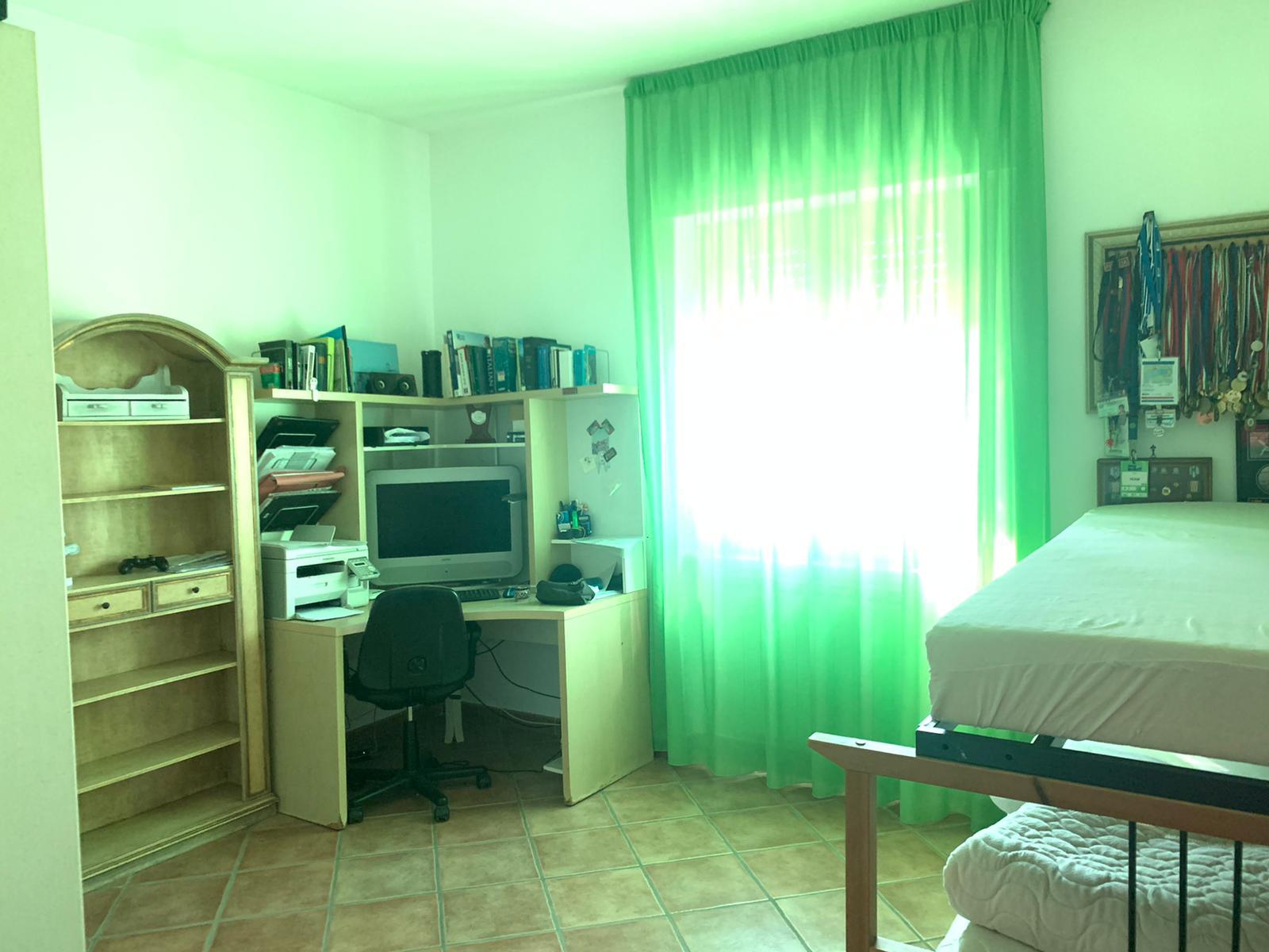 VILLA PANORAMICA CON PISCINA Lago Patria Rif 36931