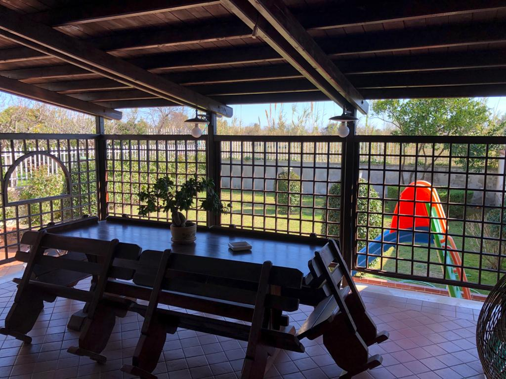 SPLENDIDA VILLA RISTRUTTURATA Lago Patria-Parco Scipione