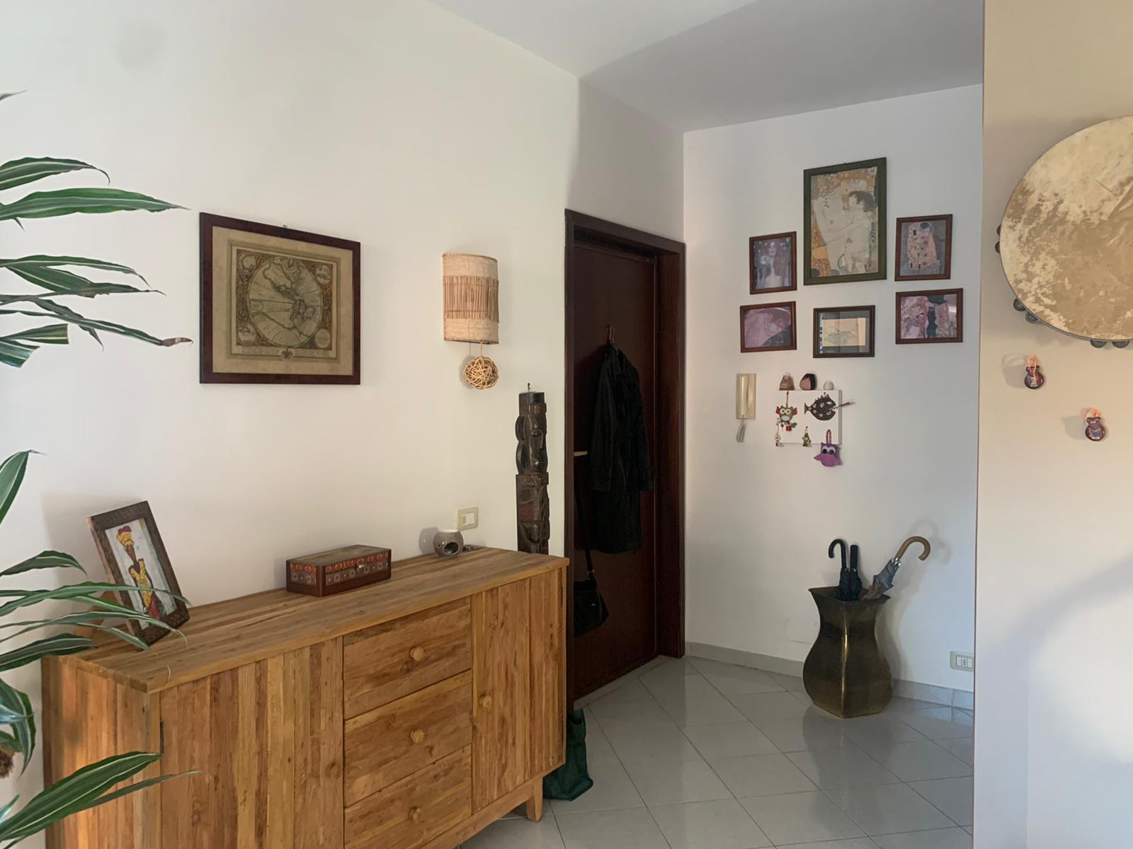 APPARTAMENTO CON 3 CAMERE Licola-Via S.Nullo Rif 36968
