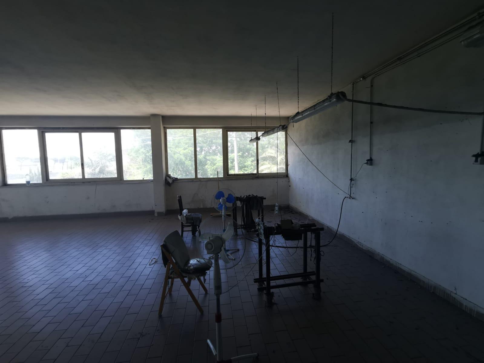 LOCALE USO ARTIGIANALE Giugliano-Ponte Riccio Rif 36439