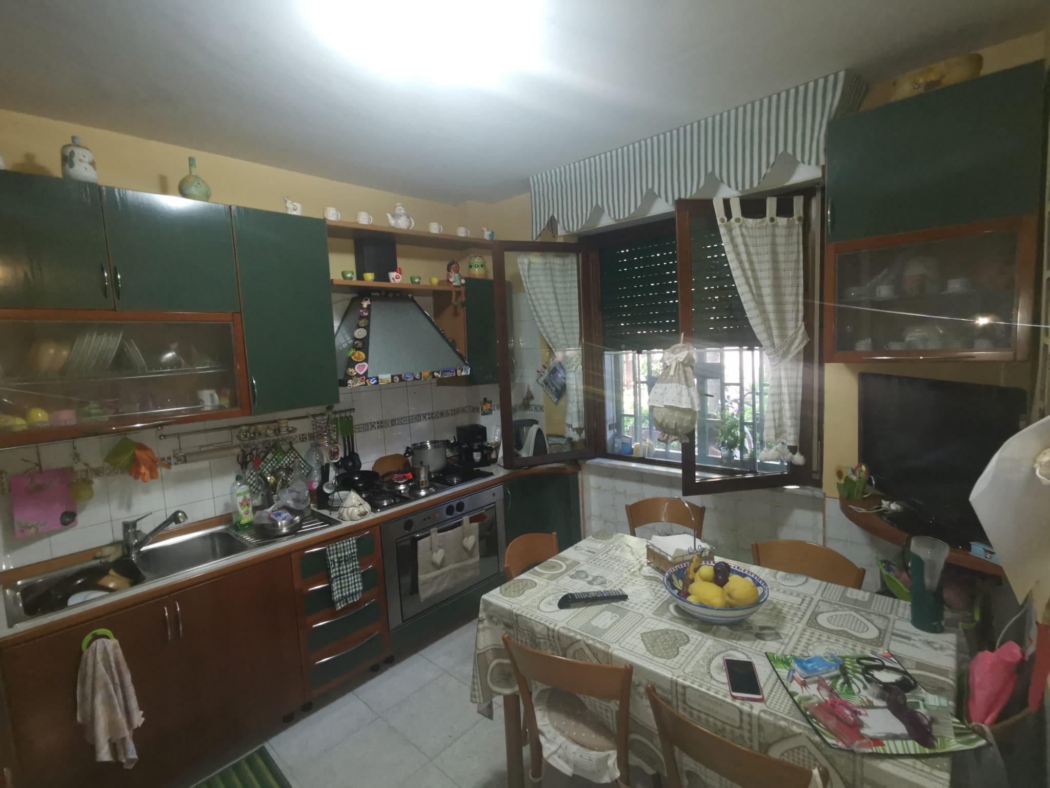 VILLINO A SCHIERA Varcaturo-Parco dei Pini Rif 36666