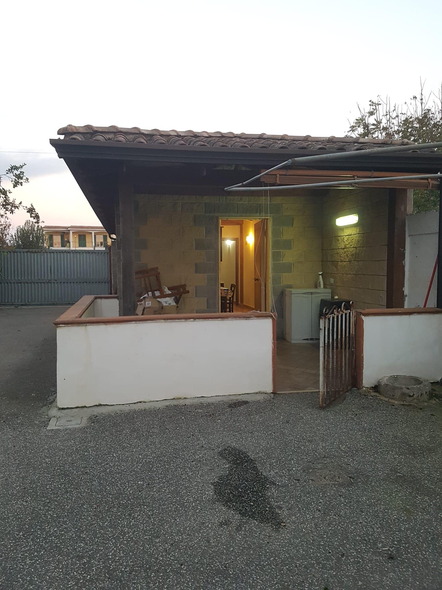 BILOCALE ARREDATO Varcaturo-Via Rannola