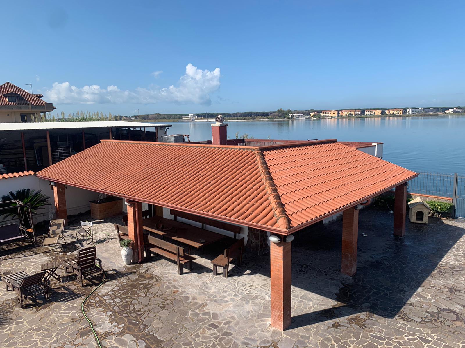 VILLA PANORAMICA CON PISCINA Lago Patria Rif 36932