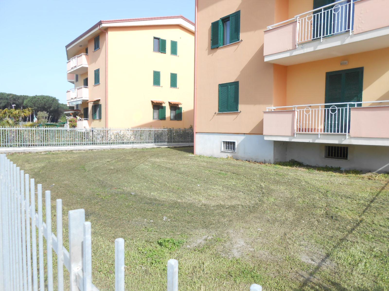 APPARTAMENTO CON GIARDINO Lago Patria-Green Village R 22693