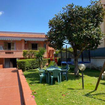 VILLA SINGOLA MONOLIVELLO Varcaturo Centro Rif 37478
