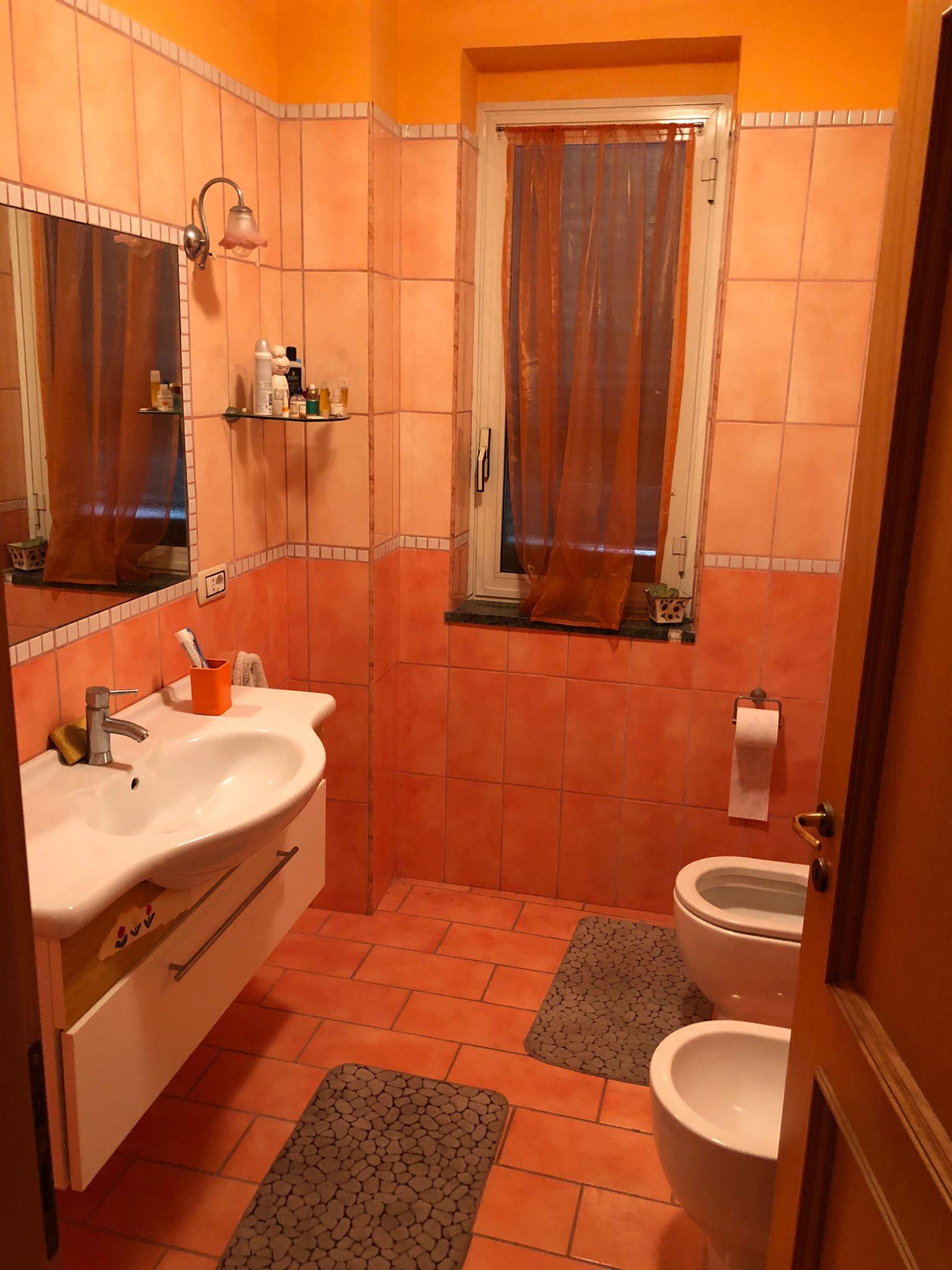VILLA 3 LIVELLI+TAVERNA Lago Patria-Via Staffetta Rif 37491