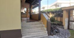 VILLA SINGOLA PER INVESTIMENTO Lago Patria-Via Staffetta Rif 37526
