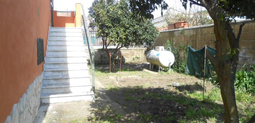 VILLA SINGOLA MONOLIVELLO Varcaturo-Tangenziale Rif 37506